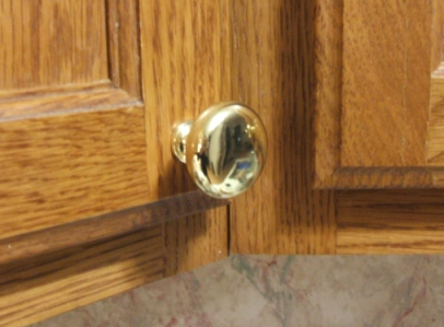 Cabinet Knobs And Handles Professionally Installed
